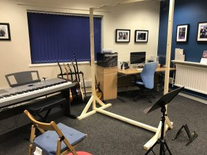 Hharmony music school broomhill piano studio with screenMS covid secure layout